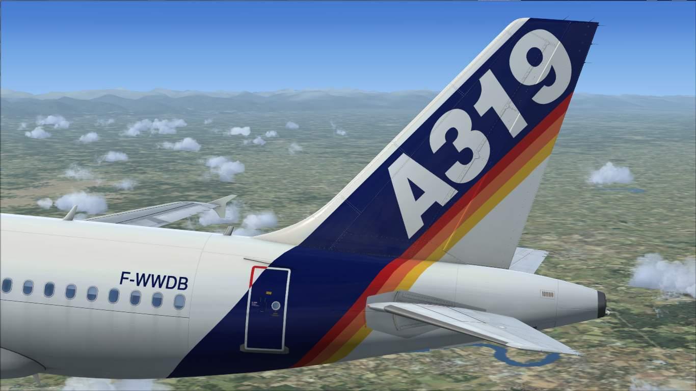 Airbus House Colors F-WWDB Airbus A319 IAE